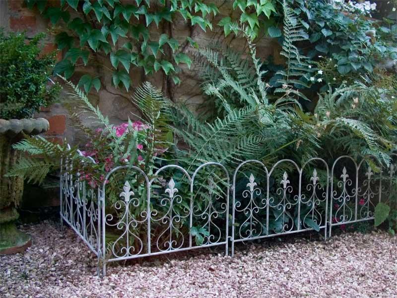 beeteinfassung the garden shop. Black Bedroom Furniture Sets. Home Design Ideas
