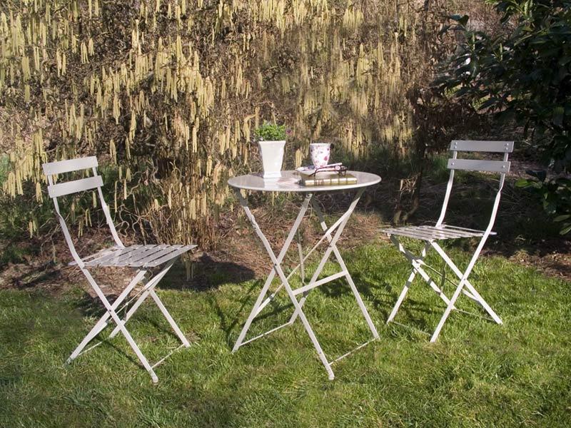 gartenm bel aus metall the garden shop. Black Bedroom Furniture Sets. Home Design Ideas