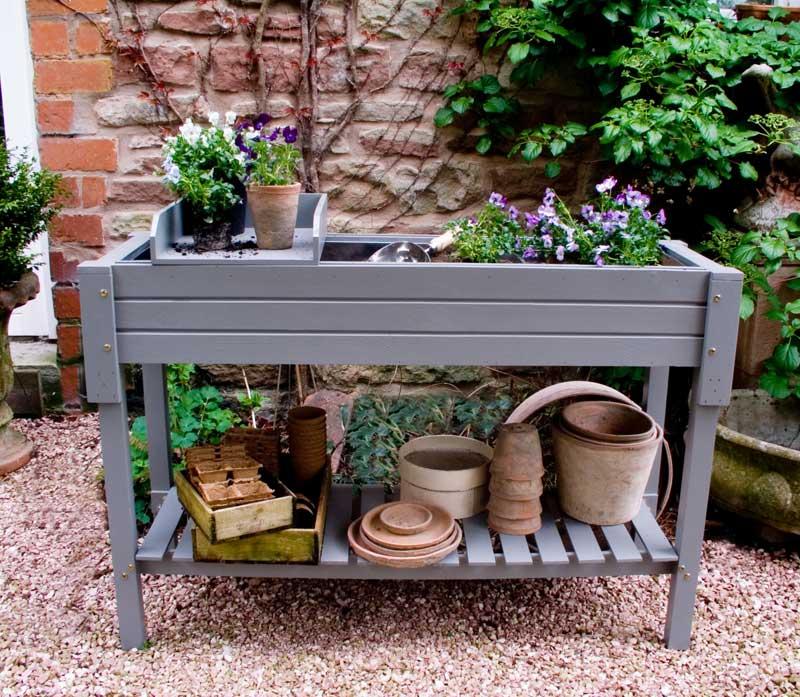 praktische pflanztische the garden shop. Black Bedroom Furniture Sets. Home Design Ideas