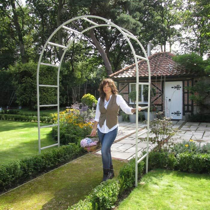 Rosenbogen metall weiss the garden shop for Gartengestaltung rosenbogen